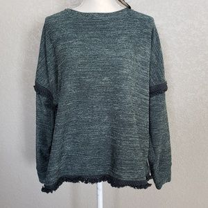 Knot Rose forest green sweater